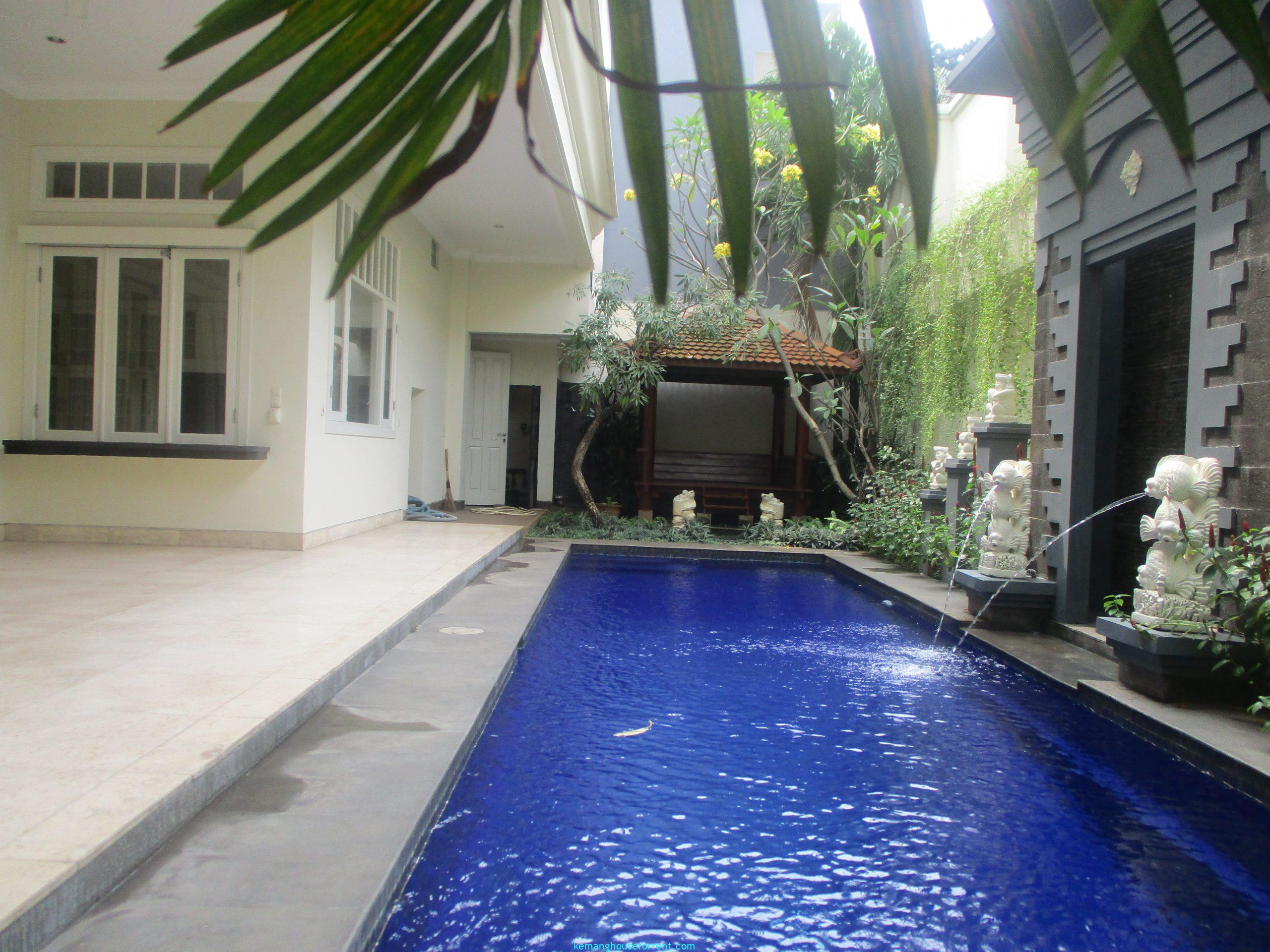 Compound Kemang For Rent