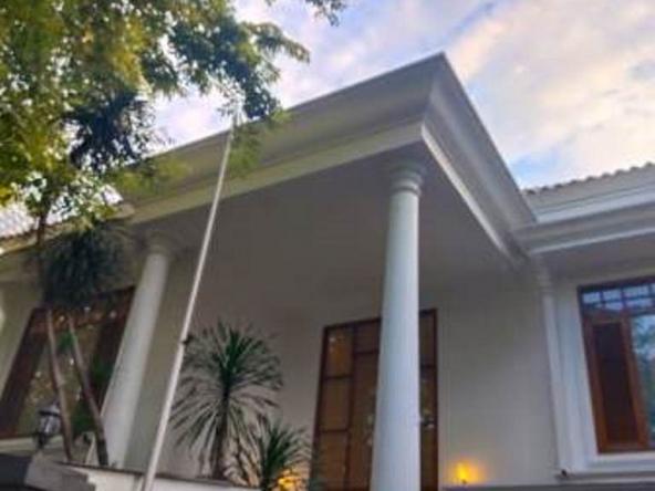 For Rent House In Kebayoran Baru