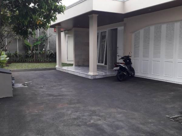 Compound House For Rent Cipete.