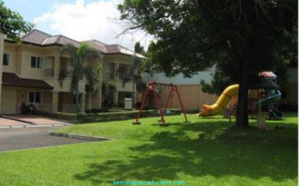 Compound For Rent In Pejaten Barat