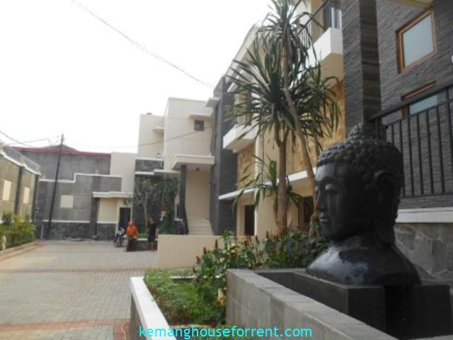 Compound For Rent In East Kemang